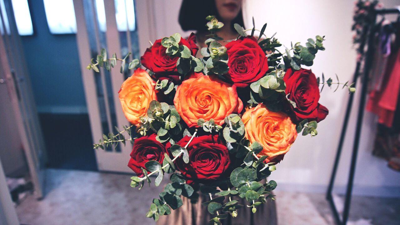 she Muse holding roses women photooftheday