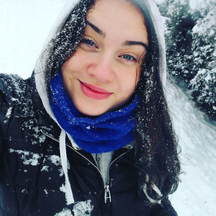 Hello World That's Me Wintertime Amazing Day Snow ❄ Cold Weather Fun Self Portrait Selfie ✌ Girl Portrait Portrait Photography Eyem Selfie