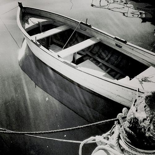 Blackandwhite Boat Port Movilgrafias Divagando