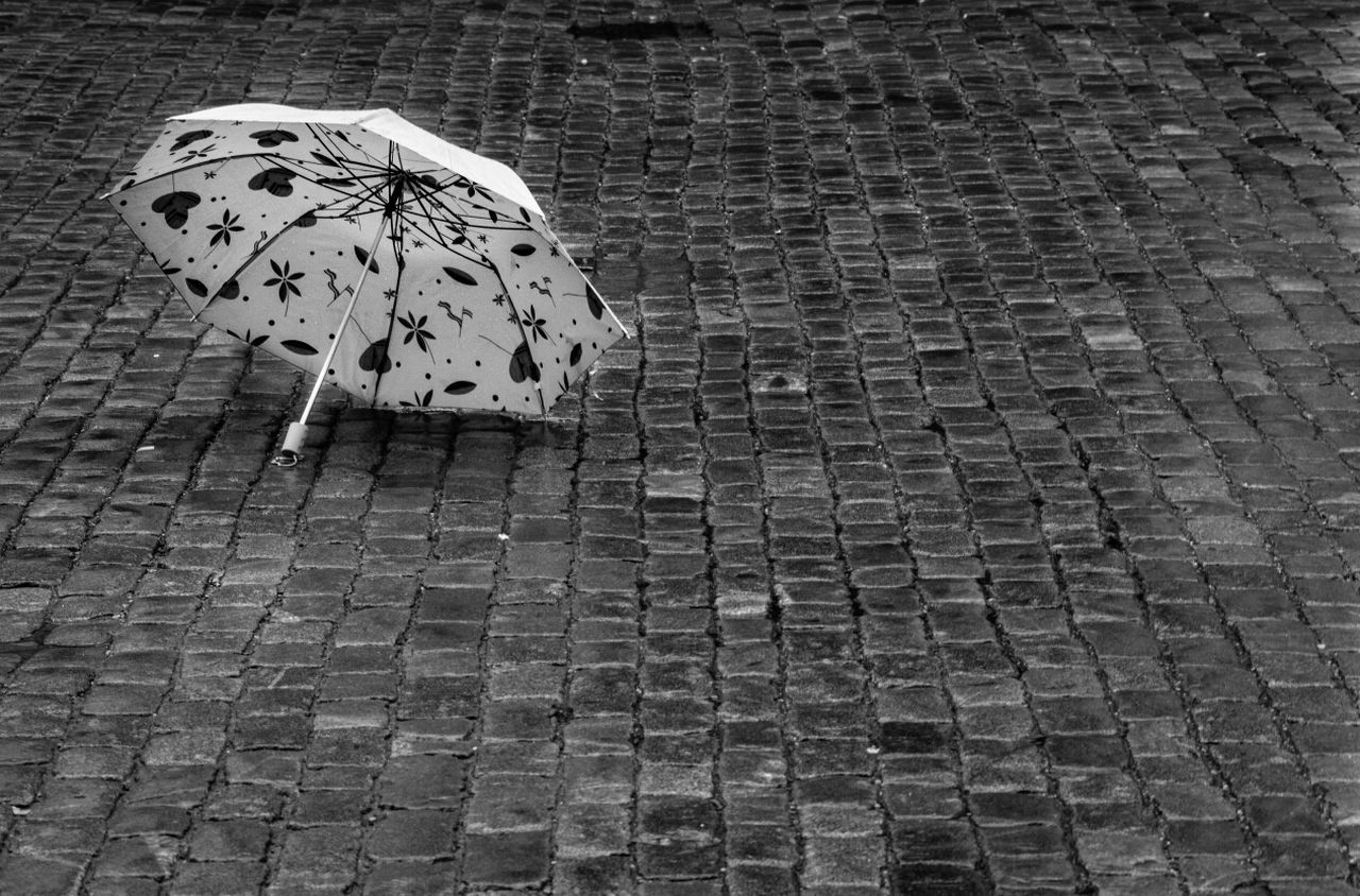 Blackandwhite Streetphotography Huffington Post Stories The EyeEm Facebook Cover Challenge
