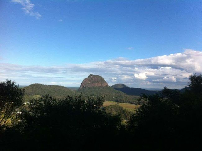 Hello World Climbing Mountains Lovethelifeyoulive Beadventurous Glasshouse Mountains
