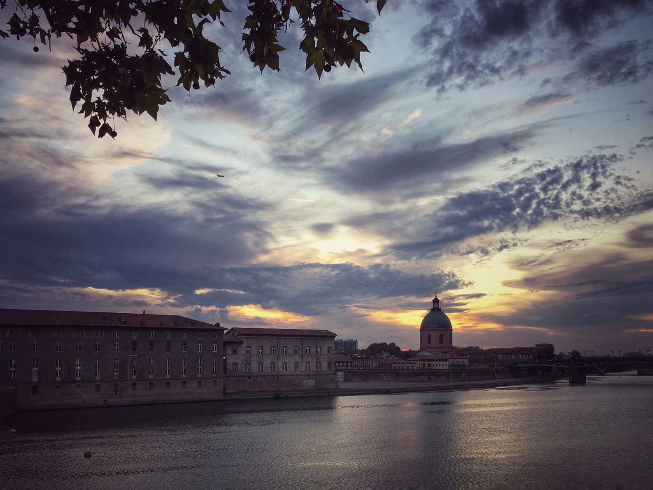 Sunset at the eastern side of Garonne River in Toulouse Traveling Travel Photography