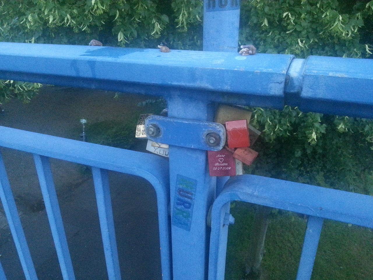 Brücke über die Saar Blue Sky Bridge - Man Made Structure Close-up Day Love-lock No People Outdoors Saar