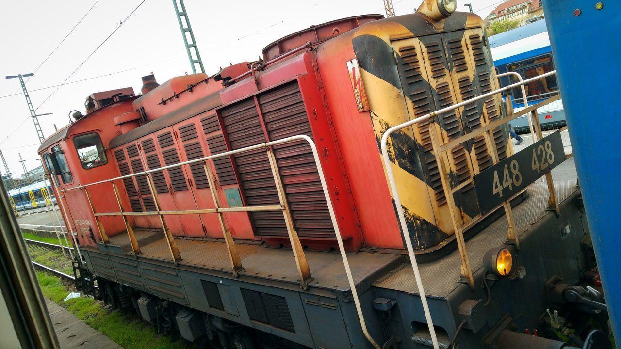 448 428 Budapest Nyugati Railway station Train Trainphotography Train_of_our_world