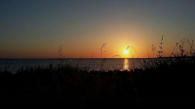 Mare Sole Alba Priolo Gargallo Sicilia Il Sole Bacia Questo Piccolo Ma Grande Paese First Eyeem Photo
