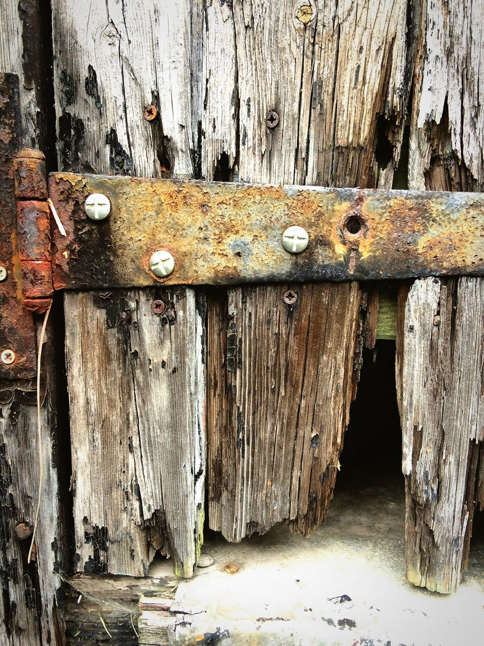 weathered, door, wood - material, damaged, old, rusty, metal, textured, close-up, latch, abandoned, outdoors, hinge, no people, run-down, padlock, day, bad condition