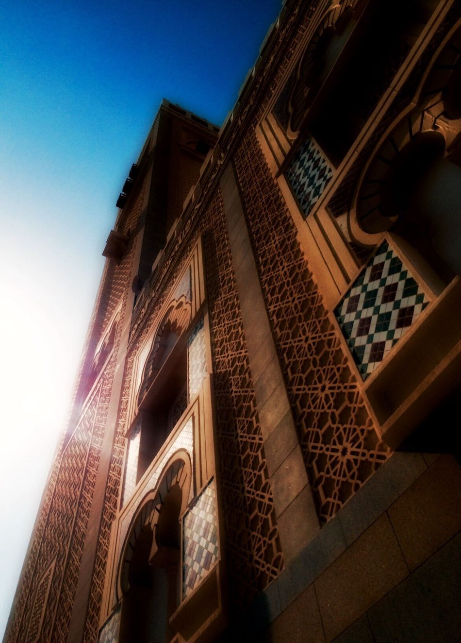 Low Angle View Built Structure Building Exterior Clear Sky Day Mosque Afternoon Relections Light And Shadow Light Reflection Sunny Sun From My Point Of View Sky Outdoors No People EyeEm Eye4photography  EyeEmNewHere Architecture Seaside Streetphotography Building Backgrounds