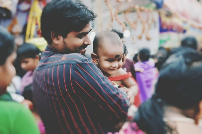 With father,i'll always be happy😊😉😀 Photooftheday Smile Enjoying Life Taking Photos Photos Around You Onthestreet Streetphotography Streetsofindia Street Photography Ontheroad Onthestreets India Father Father And Daughter Fatherslove Love Lovely Smile❤ Safe