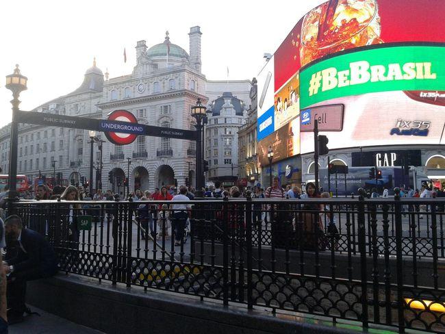 Piccadillycircus Underground Citylife Urban Context London Uk Europe