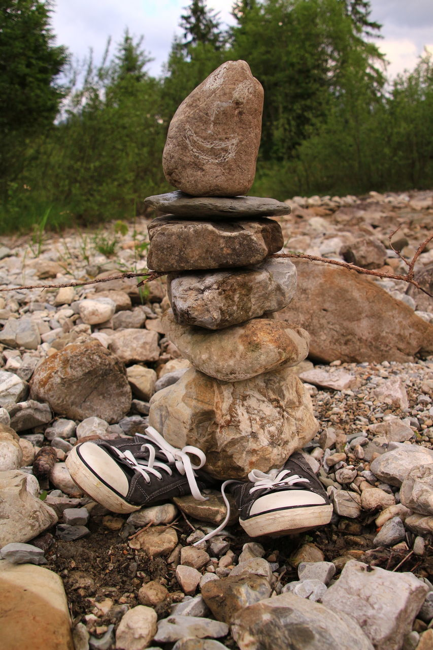 stack, rock - object, stone - object, day, no people, outdoors, pebble, nature, tree, close-up