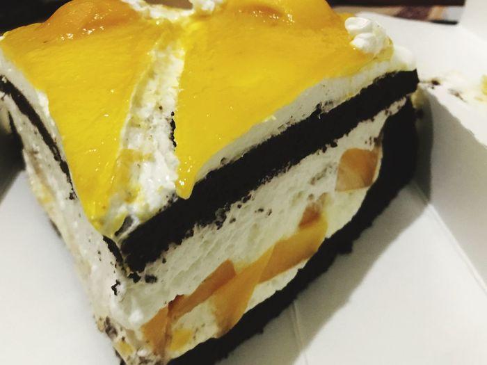 Happy Birthday!! Vegan Mango Cake 🎂 CebuVegan LunhawVeganCafé