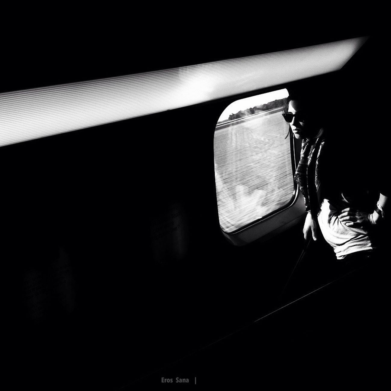"#TGV • MOTION FOR EMOTIONS | ""I Hope That He Will Be At The Platform"" #MotionForEmotions #ErosBW #Iphone4"
