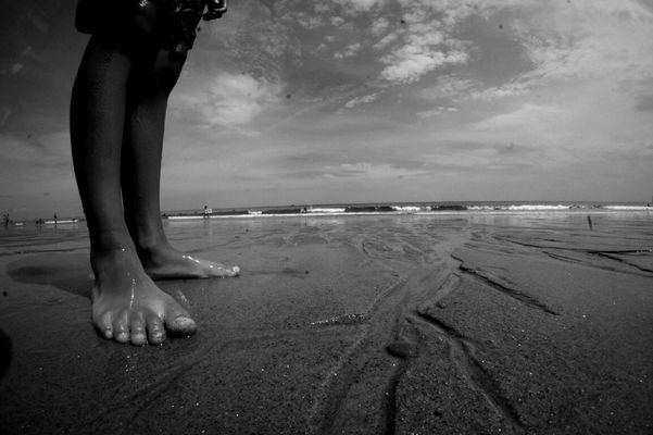 blackandwhite at Salisbury Beach by Cruzz