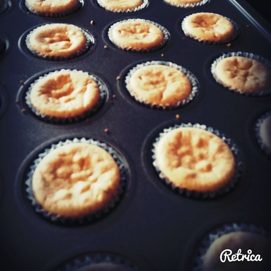 Hot out of the oven. Puertoricanrum Cheesepie MiniCheesecake Cheesecake Retrica