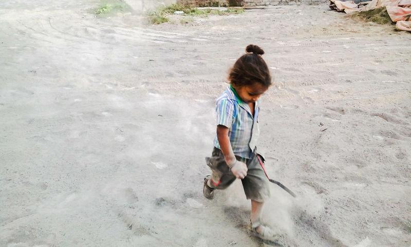 Childhood Fun Child At Play Boy Running Running Child Playing Playing Childhood Innocence Fun From My Point Of View EyeEm Gallery