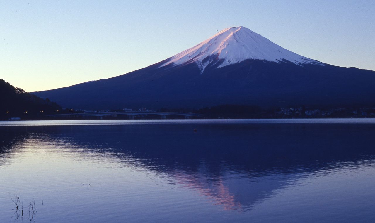 by Leica/ Kodak E100vs Beauty In Nature Clear Sky Film Film Photography Filmisnotdead Fujisan Japan Japan Photography Kodak Lake Landscape Landscape_Collection Mountain Mountain Peak Mt.Fuji Nature Nature Photography Outdoors Reflection Scenics Sky Snowcapped Mountain Tranquility Water Water Reflections