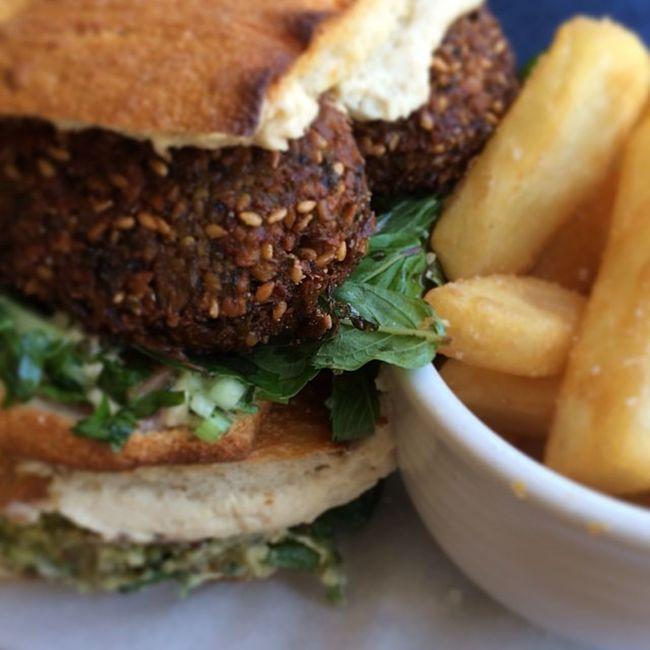 Falefel burger mmmm Foodporn