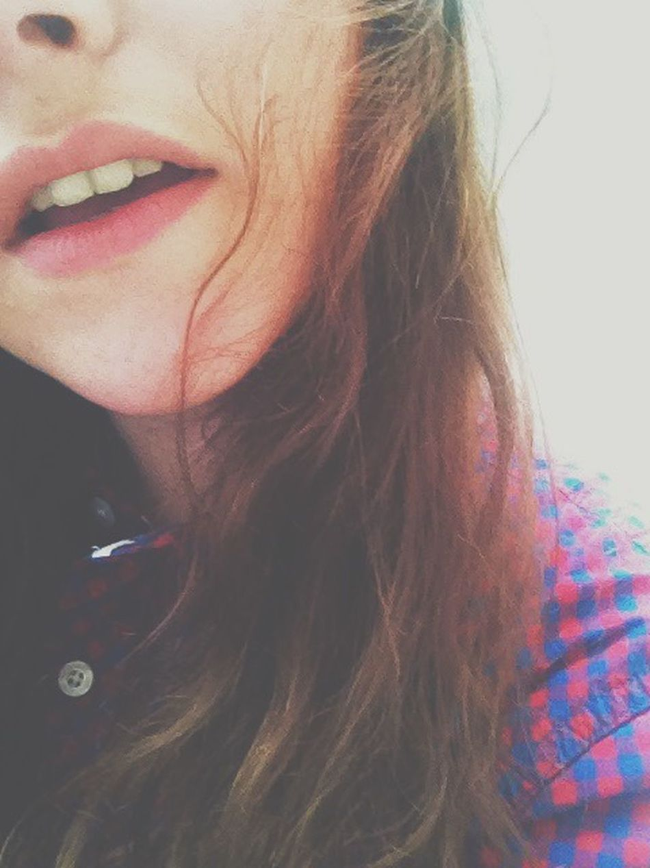 👄 That's Me Lips Natural Beauty France Popular French Girl