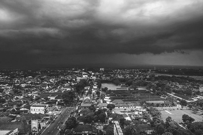 20 minutes before the storm Architecture Cloud - Sky Cityscape City Aerial View Crowded Wide Shot Cloudy Outdoors Storm Monochrome Photography Open Edit EyeEm Best Shots - Black + White EyeEm Best Shots Blackandwhite Black And White EyeEm Gallery Storm Cloud Sky