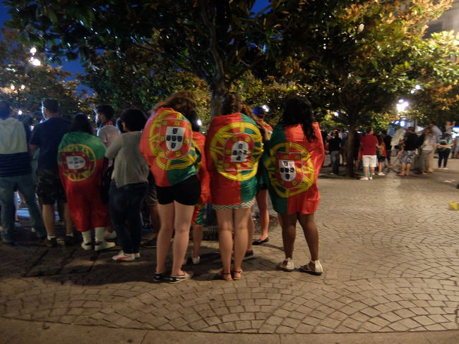 Clothing Euro 2016 Flags Green & Red LINE Porto Portugal 43 Golden Moments People Together
