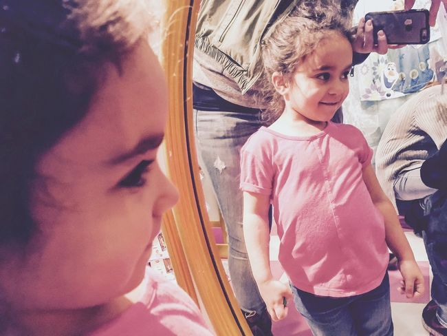 Hello World Princess Girl Reflection Mirror Picture New York Newyorker