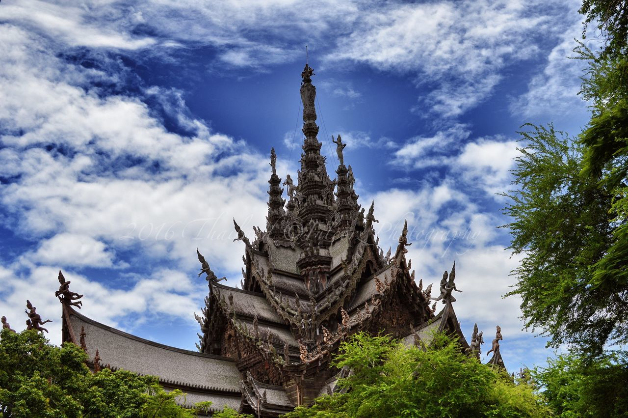 Temple of truth Architecture Building Exterior Built Structure Cloud - Sky Day History Land Of Smiles Low Angle View Nature No People Outdoors Place Of Worship Religion Sculpture Sky Spirituality Statue Temple Of Truth Thailand Travel Destinations Tree