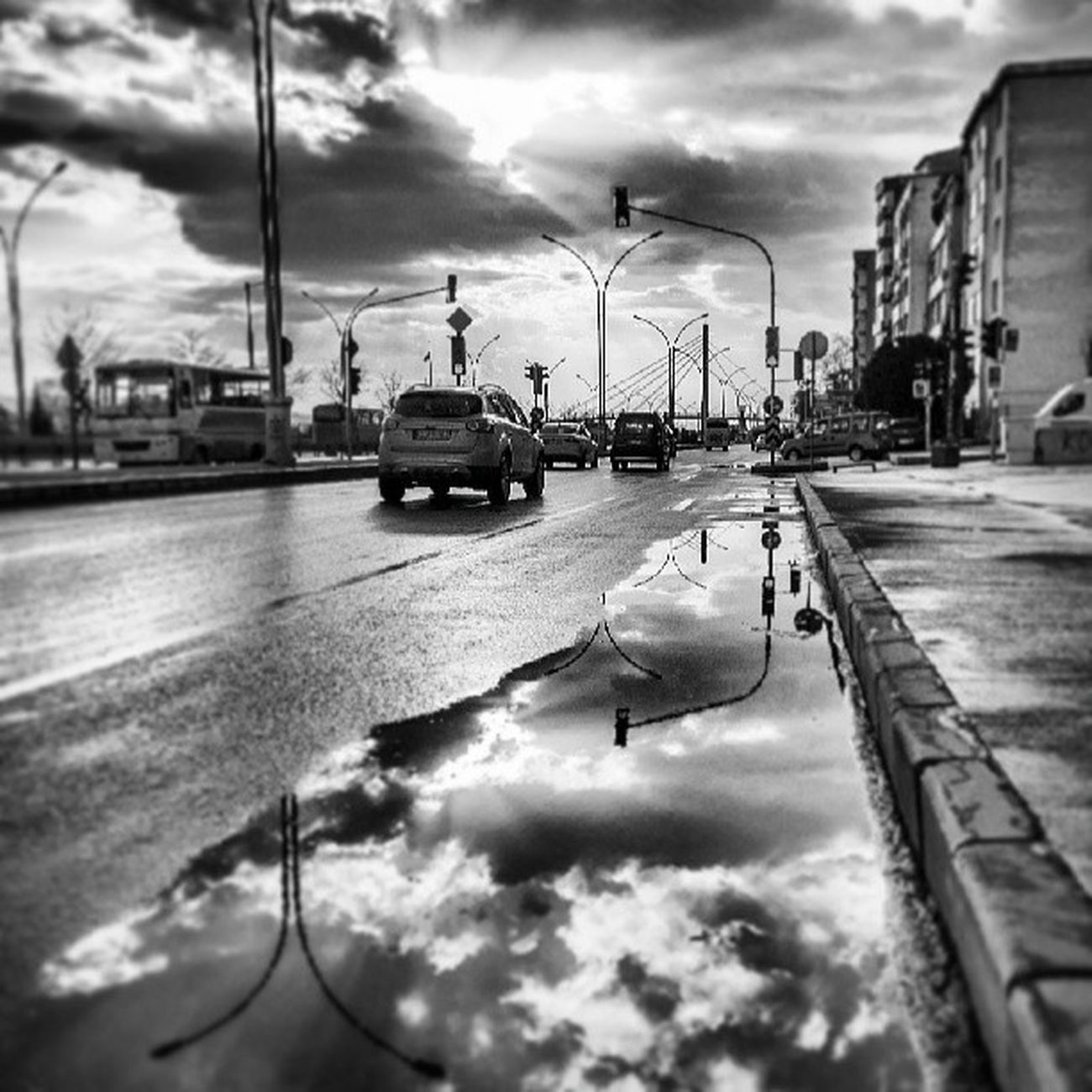 Izmit Kocaeli E5 Road travel car cloud reflection instamood picoftheday beautiful igers girl instadaily tweegram summer instagramhub follow bestoftheday happy igdaily picstitch webstagram sky nofilter