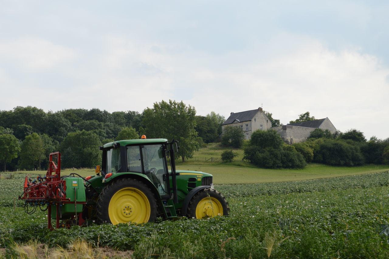 Farmer Field Land Vehicle Landscape_photography Maastricht,NL Outdoors Slavante Tractor