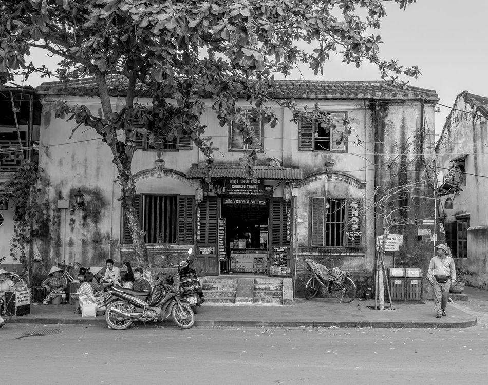 Sunrise Travel, Hoi An, Vietnam Architecture Vietnam FUJIFILM X-T2 Hoi An Monochrome Monochrome Photography Black And White Street Building Exterior Architecture