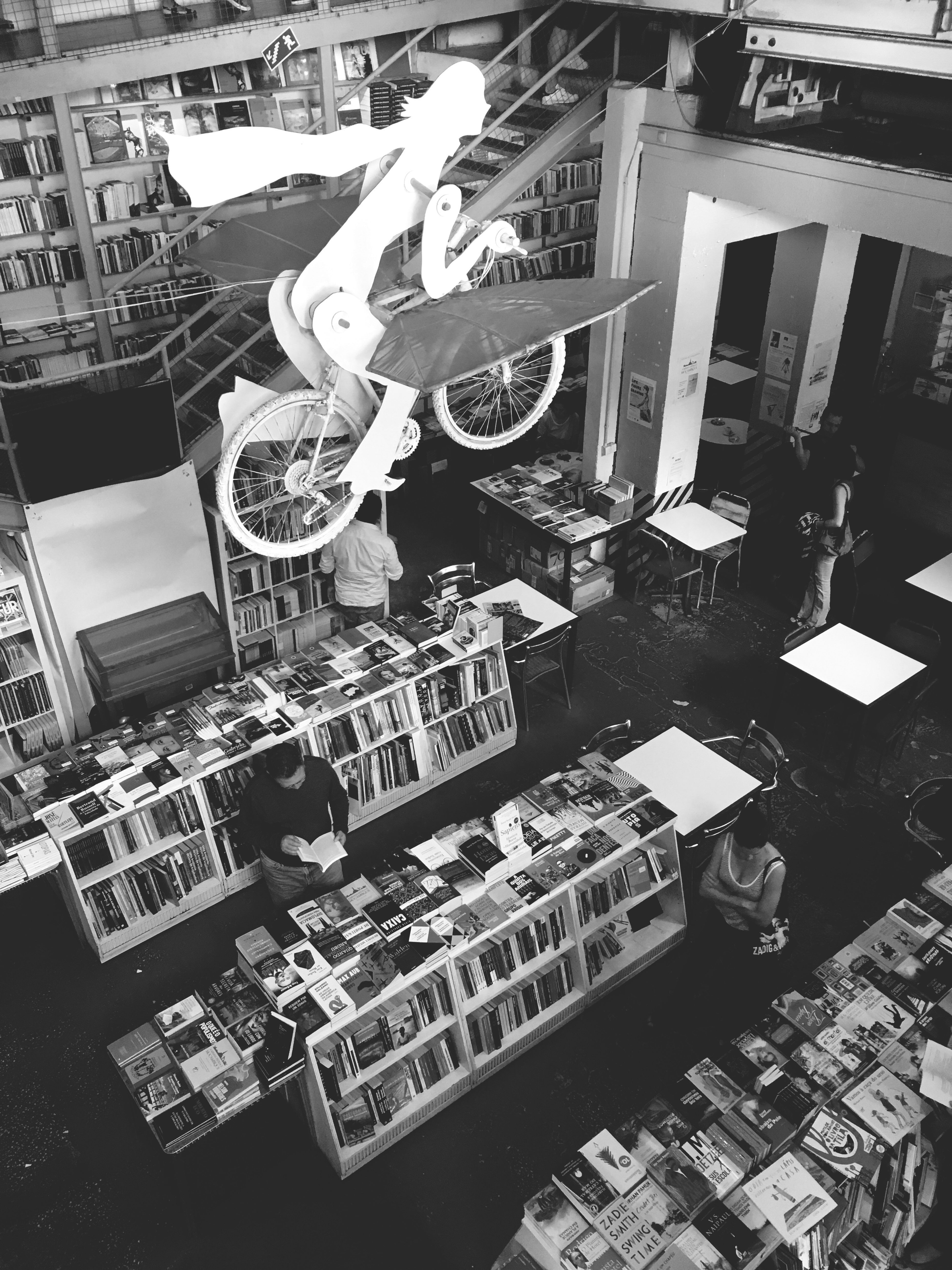 Too many books Books Readers Bookstore Literature Saturday Afternoon Relaxing View Booklover BookLovers Adicted To Books Black & White