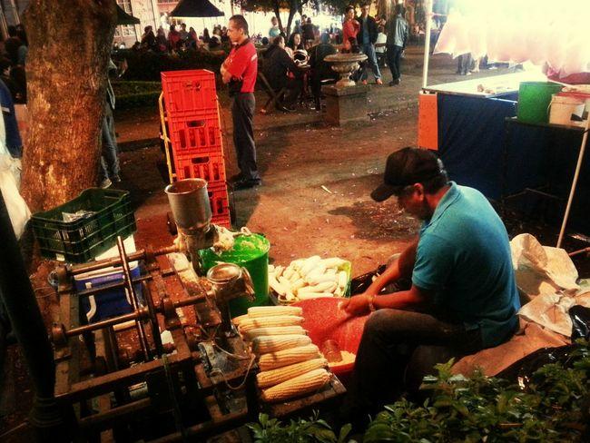 Hands On Hijosdelmaiz Fiestas