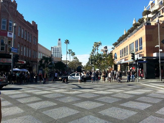 3rd Street 3rd Street Promenade California City City Life Lifestyles Police Policecar Road Santa Monica Street USA