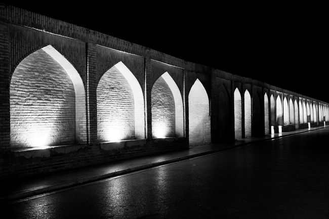 Black And White Streetphotography Outdoors Fujifilm Monochrome Lights Light And Shadow Building Architecture Night Photography Exterior Design Minimalism Check This Out Pattern Background Composition Photography B&w Blackandwhite Street Photography Architecture Photography Isfahan EyeEm Best Shots EyeEm Gallery Texture