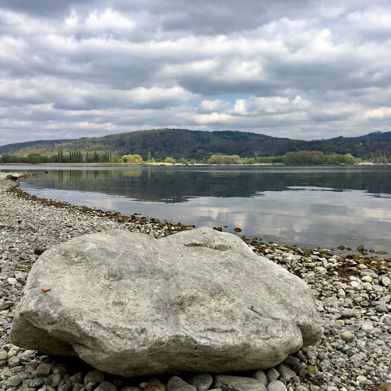 Sky No People Scenics Beauty In Nature Day Rock - Object Lake Tranquil Scene Outdoors Landscape Water