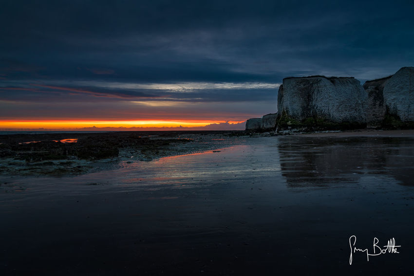 Sunrise, Botany Bay Dawn Dawn Of A New Day Sunrise Sunrise_sunsets_aroundworld Eye4photography  Sony Images Nature_collection England, UK Sunrise_Collection Seascape Landscape_Collection Seascape Photography Sonyalpha Sony A7RII Clouds And Sky Broadstairs Landscape_photography EyeEm Best Shots - Landscape Beach Photography Botany Bay Kent Long Exposure