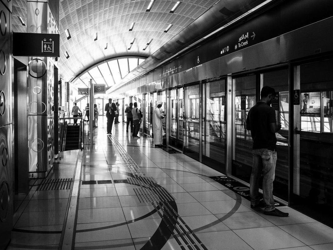 Transportation Public Transportation Rail Transportation Railroad Station Platform People Large Group Of People City Subway Train Monochrome _ Collection Monochrome Photography EyeEm Best Shots - Black + White Dubai❤ Mirrorless Olympus POV, Olympus Om-d E-m10 Monochromatic Architecture Black And White Monochrome Blackandwhite Photography Eyeemdubai Investing In Quality Of Life