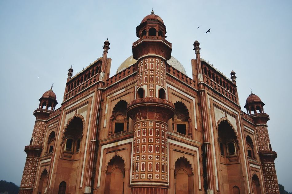DILLI DARSHAN.... tomb of safdarjung Enjoying Life Tomb DelhiGram Delhi_igers Beautiful Architecture Redmarble