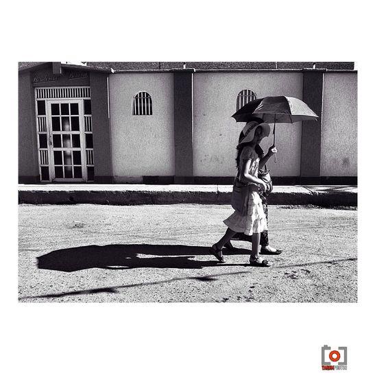 ? Black & White Popular Photos Streetphotovenezuela B&w