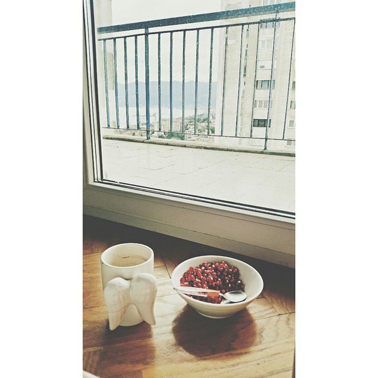 Squareinstapic Flu Sick Sea View Coffee Fruit Oporavljanje 😆