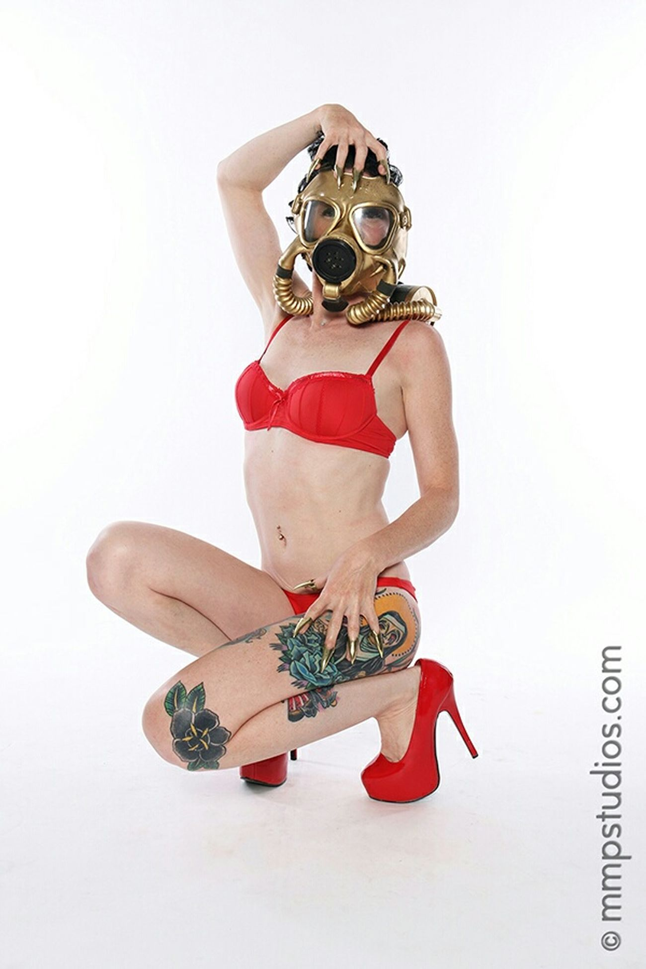 @melvinmaya @mmpstudios_com Photography Photoshoot Model Masked Gasmask High Heels Red Heels Killer Nails Gold Mask Gold Nails Tattoos Inked People Random Studio Shoot Houston Texas Followme