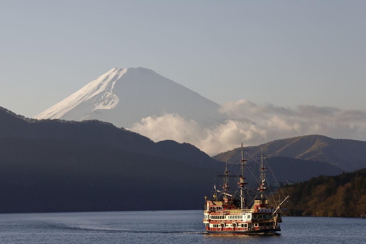 Cloud - Sky Clouds And Sky Fujisan Japan Japan Photography Lake Lake View Lakeview Landscape Landscape_Collection Landscape_photography Mountain Mountain View Mountains And Sky Mt.Fuji Nautical Vessel Outdoors Ship Ships⚓️⛵️🚢 Sky Sky And Clouds Sky_collection Snow Covered Snowcapped Mountain Water