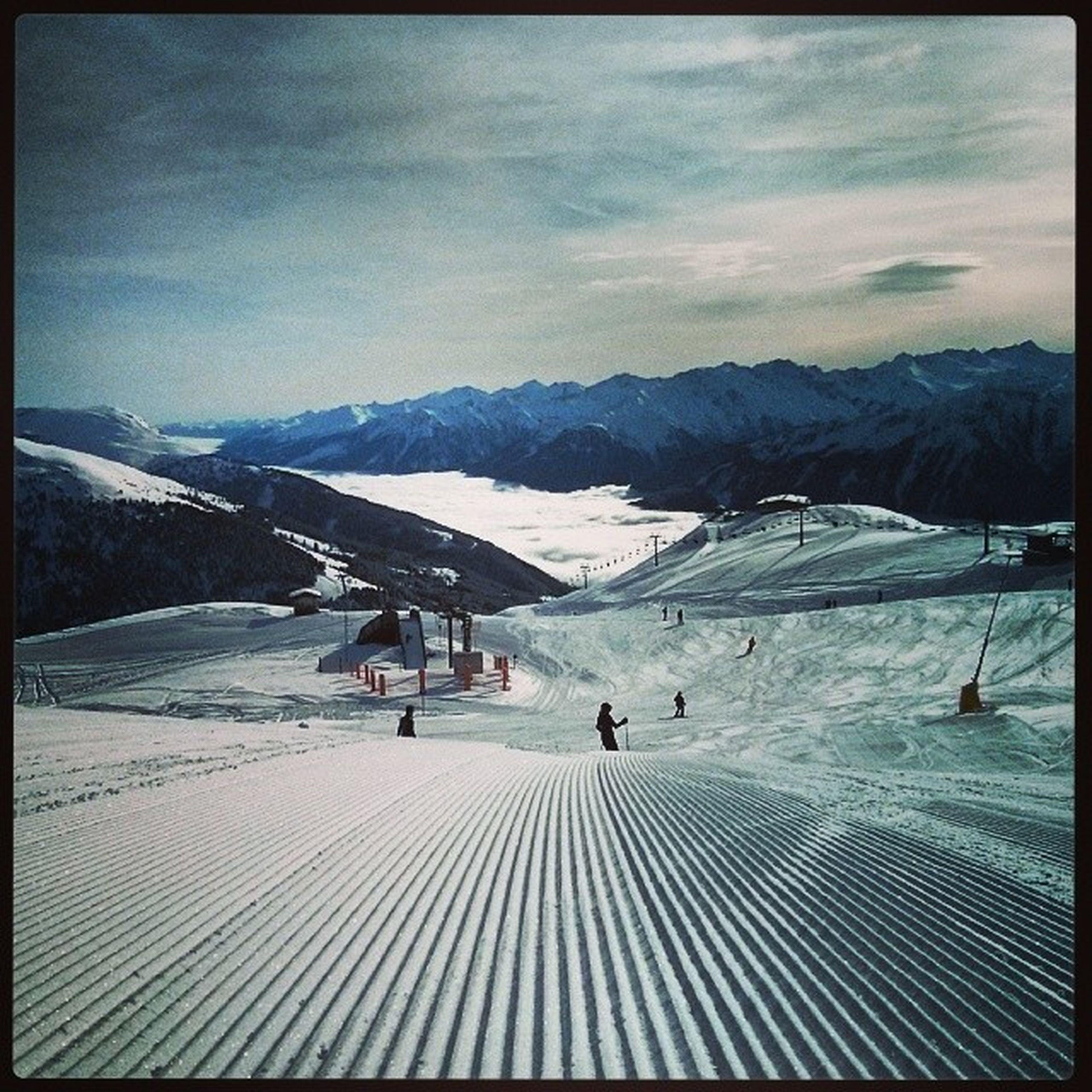Manzestr Tochces Skiing Snowboarding snowboarder austria tirol zillertal