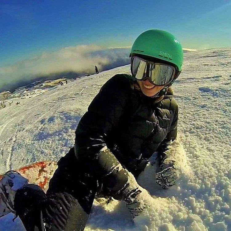 New video is up click the description So excited for the snow season Here's a throwback to last year when I wiped out while getting a photo taken. Turned out to be an awesome photo Photoofday Newzealand Photographyislifee Photographer Photo Life Winter Goprooftheday Snow Snowboardingtime Snowboarding Newzealandgirl Ontopoftheworld Boarding Beautifulday Beautiful Wipeout Fail Pose Model Modeling Naturalphotography Nature Safetyfirst Youtube newatthis video