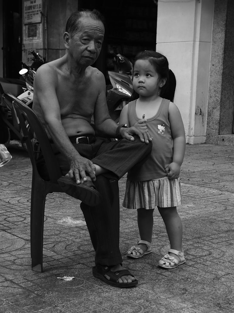 Grandpa Black & White Black And White Blackandwhite Blackandwhite Photography Girls Grandpa Ho Chi Minh City Love Saigon Senior Men Street Street Photography Streetphotography Two People Vietnam Young Adult