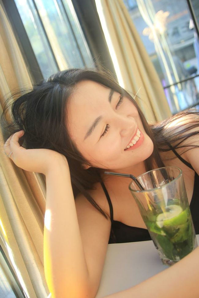 Great smile(: Smile Smiling Eye Happy Relaxing Mojito! Bar Healthy Healthy Skin Glowing