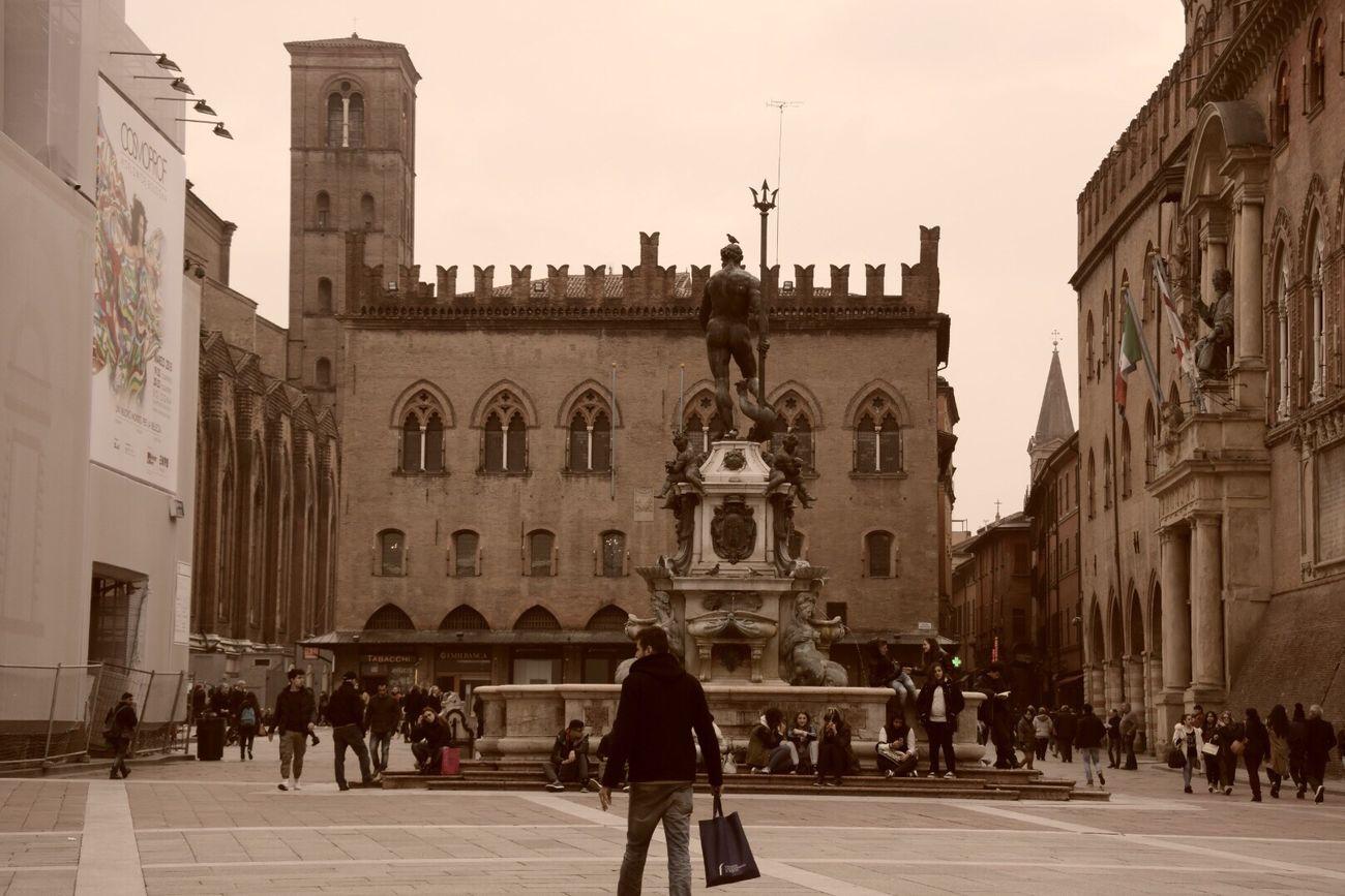 Blackandwhite Enjoying Life Walking Around Streetphotography Bologna City Streetphoto_bw Hanging Out