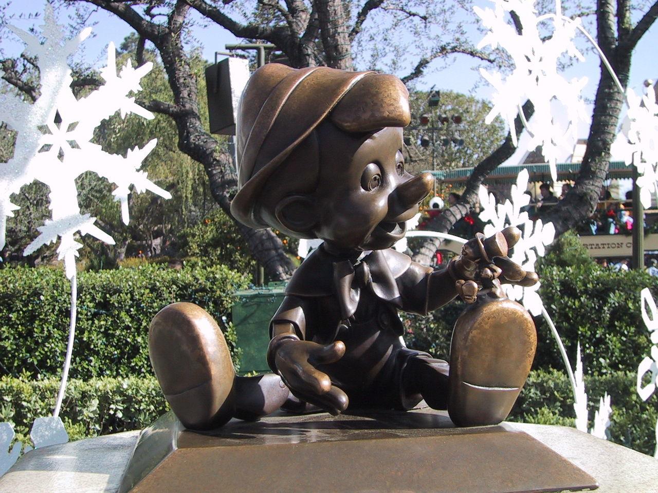 Disney Disneyland Disneycalifornia Pinochio
