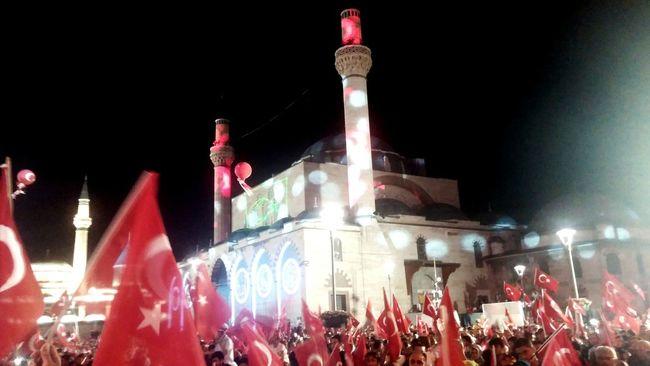 Selimiyecamii Konyagram Konya Mevlana Mosque Mevlana Türbesi Mevlana Meydanı 15 Temmuz