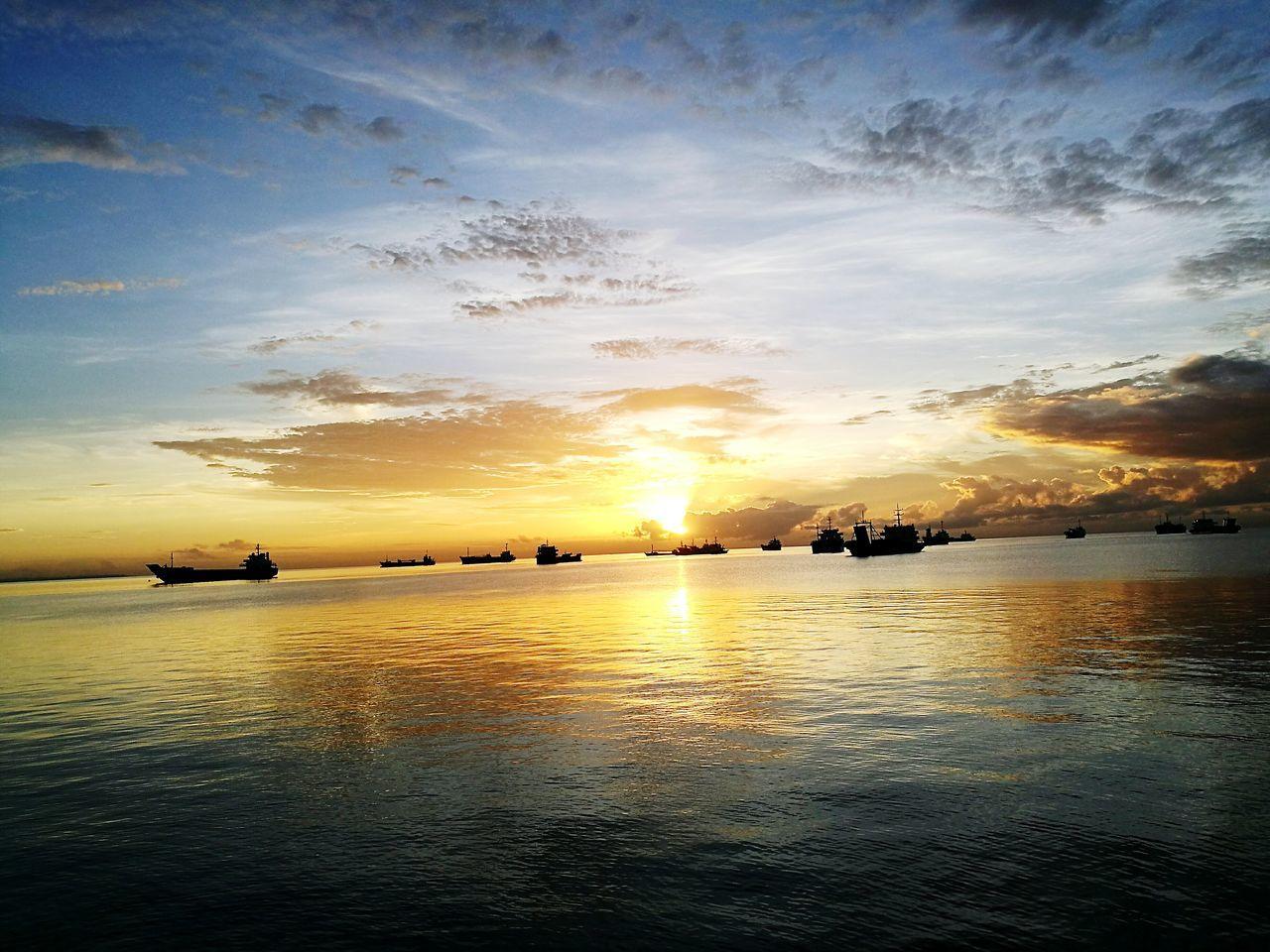 Sunrise at Naga, Cebu. Sky Water Sunrise