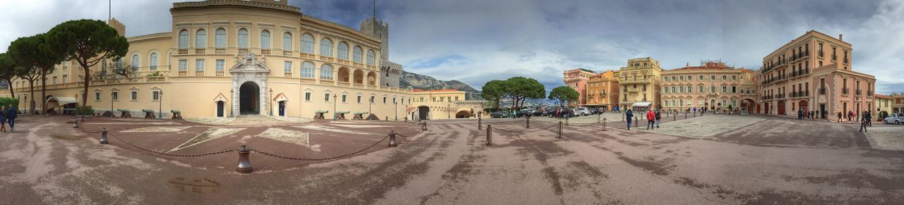 Prince's palace of Monaco. The Tourist Monaco Palace Tourists People Panorama IPhone Architectural Detail Shootermag Panoramic IPhoneography EyeEm Gallery Architecture Tourist Attraction  Famous Places Eye4photography  Panoramic Photography Elégance Panoramashot EyeEm